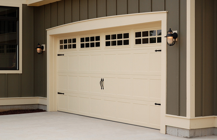 Chi Stamped Steel Carriage Garage Doors By Apple Door