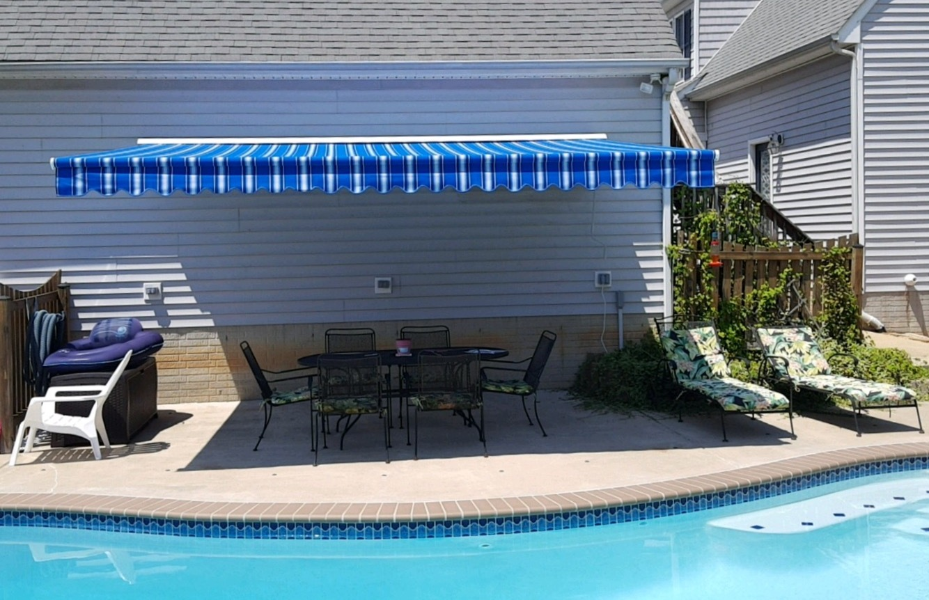 "16x11'8"" Model 8700 retractable awning"
