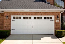 Steel And Vinyl Carriage Garage Door Systems Apple Door