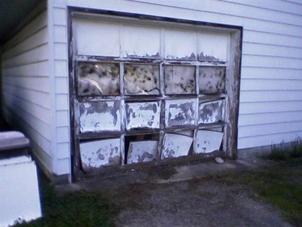 Ugly Garage Door Contest Winner